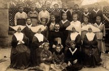 A nagymegyeri Zárda iskola tanulói a 20. század elején
